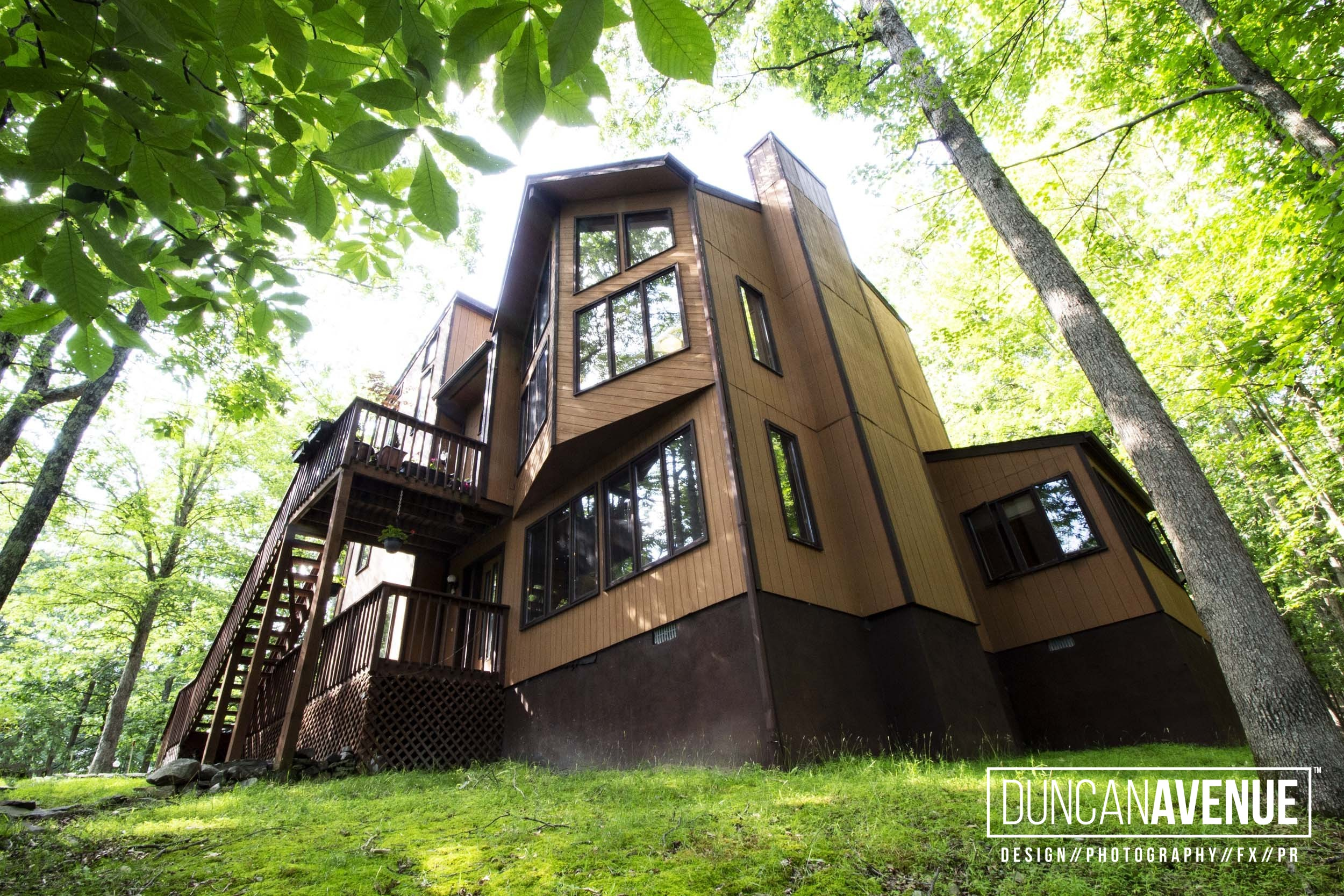 Big House on the Hill – Poconos, PA – Real Estate Photography Project by Duncan Avenue Photography Studio